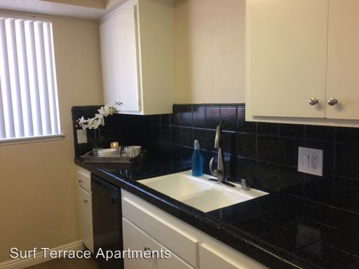 3 Bedrooms 2 Bathrooms Apartment for rent at 11 South Termino Avenue in Long Beach, CA