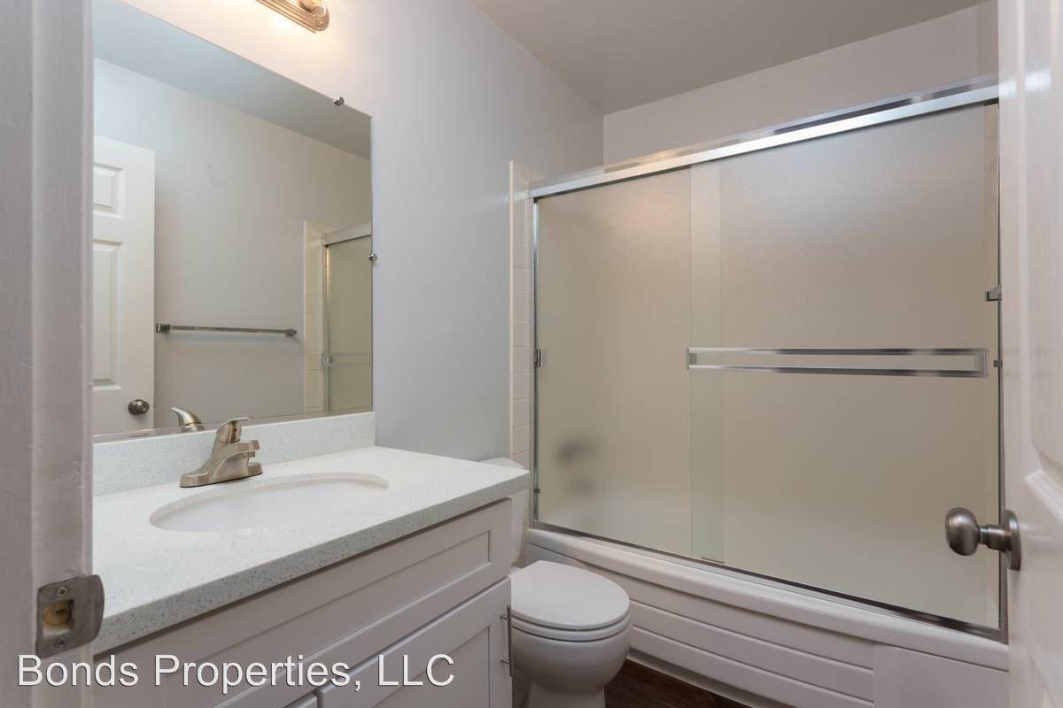 2 Bedrooms 1 Bathroom Apartment for rent at 1317 Liberty Street in El Cerrito, CA