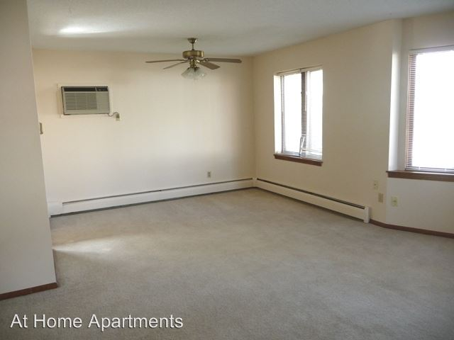 2 Bedrooms 1 Bathroom Apartment for rent at 3030 Lynn Ave S in St Louis Park, MN