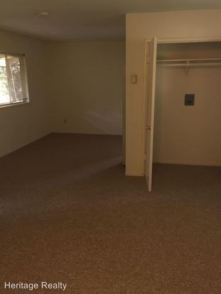 Studio 1 Bathroom Apartment for rent at 774 778 Coleman Avenue in Menlo Park, CA