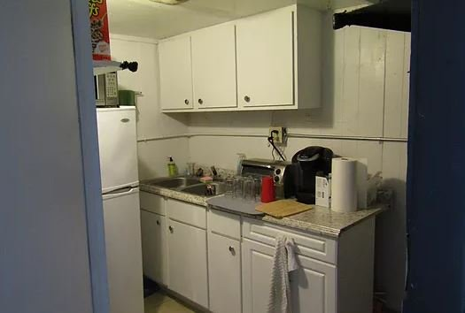 1 Bedroom 1 Bathroom Apartment for rent at 21 1/2 S. Court in Athens, OH