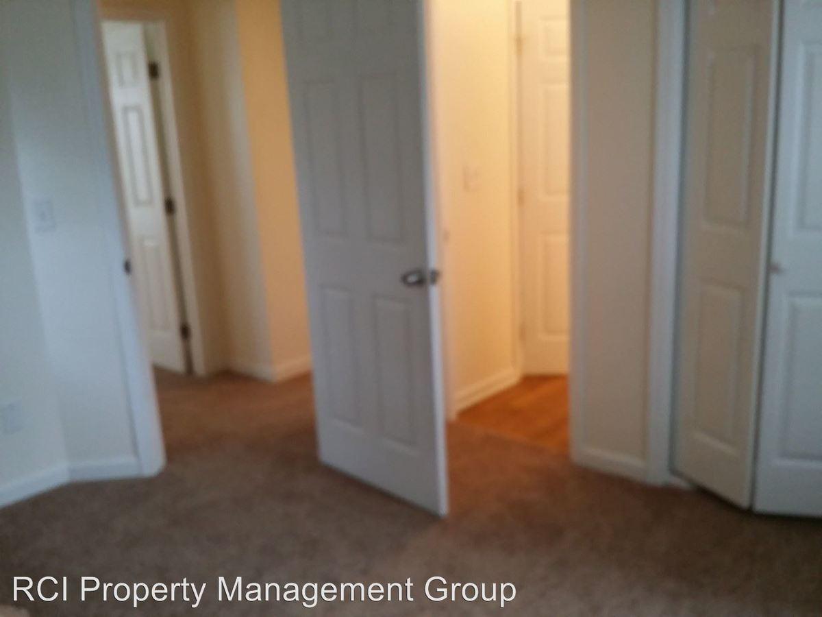Studio 1 Bathroom Apartment for rent at 564 Hope Street Unit A in Atlanta, GA