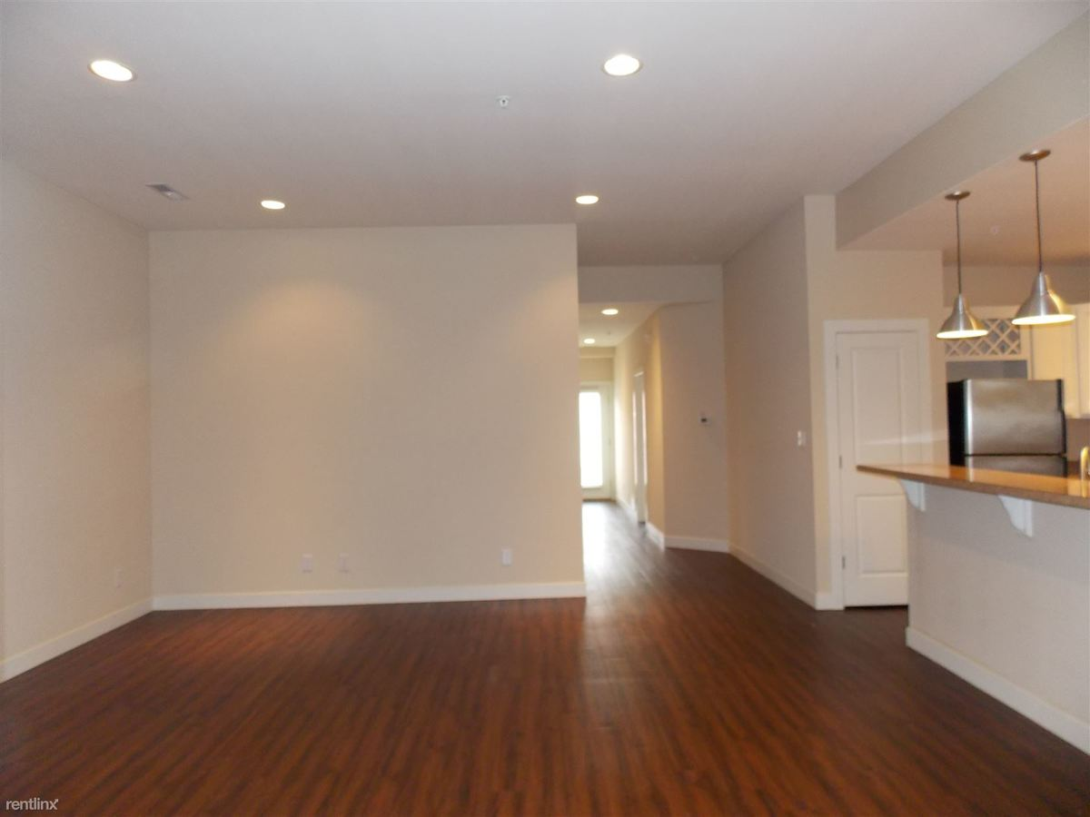 2 Bedrooms 3 Bathrooms Apartment for rent at Kirkwood On The Trail in Bloomington, IN