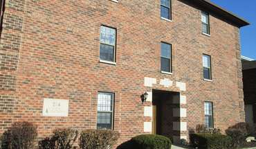 Brickenwood Apartment for rent in West Lafayette, IN