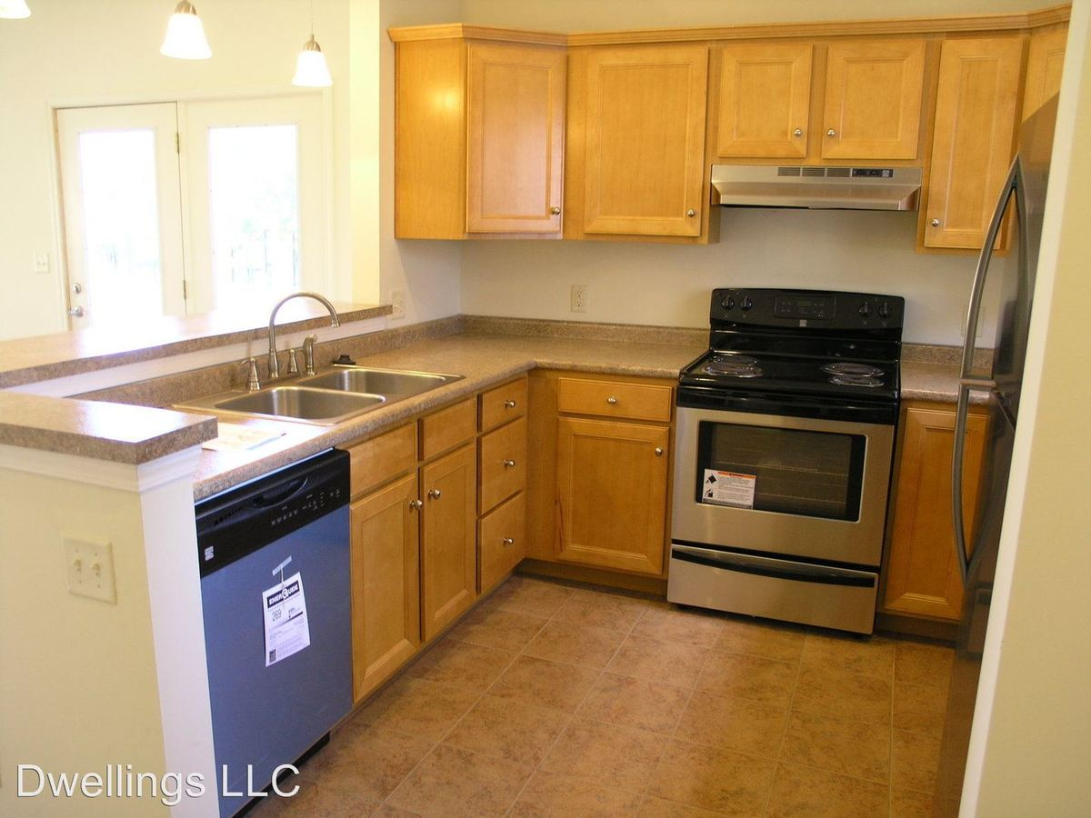 1 Bedroom 1 Bathroom Apartment for rent at 572 E. Hillside Dr. in Bloomington, IN