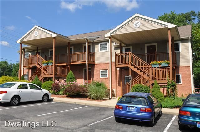 1 Bedroom 1 Bathroom Apartment for rent at 634-708 E. Hillside Dr. in Bloomington, IN