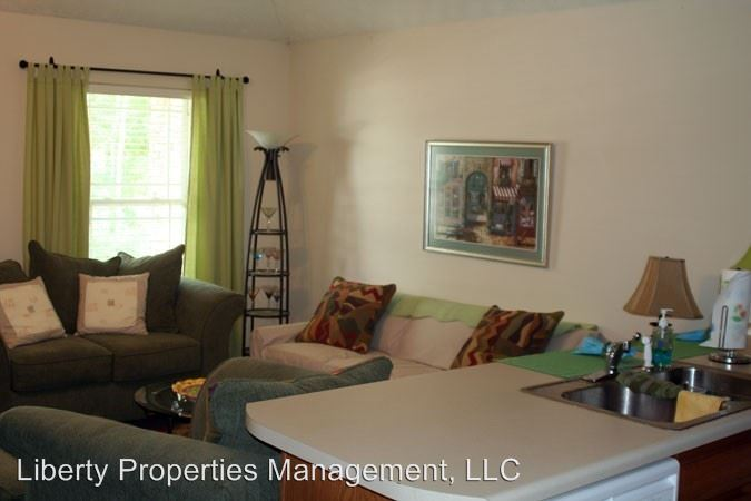 3 Bedrooms 3 Bathrooms Apartment for rent at Northpointe 3/3 in Auburn, AL