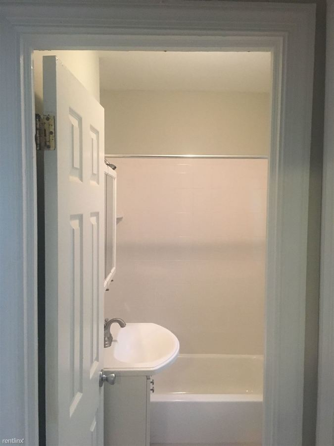 1 Bedroom 1 Bathroom Apartment for rent at 500 U St Nw in Washington, DC