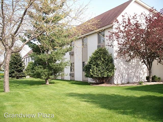 2 Bedrooms 1 Bathroom Apartment for rent at 400 Monitor Street in La Crosse, WI