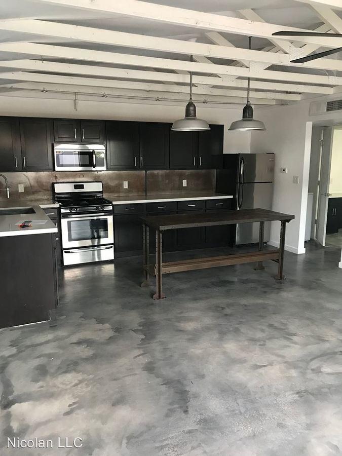 1 Bedroom 1 Bathroom Apartment for rent at 376 E Alvarado Road in Phoenix, AZ