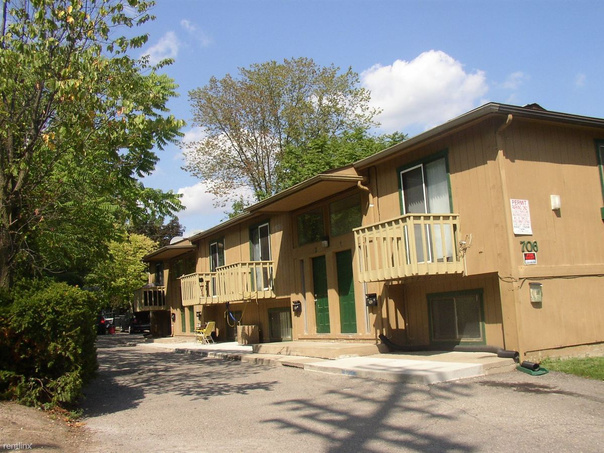 3 Bedrooms 2 Bathrooms Apartment for rent at Riverrain Apartments & 706 Pearl St Townhouses in Ypsilanti, MI