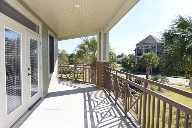 3 Bedrooms 2 Bathrooms Apartment for rent at Village At Mayfaire in Wilmington, NC