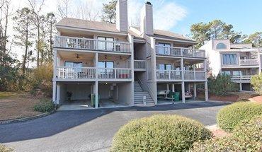 Similar Apartment at Bradley Creek