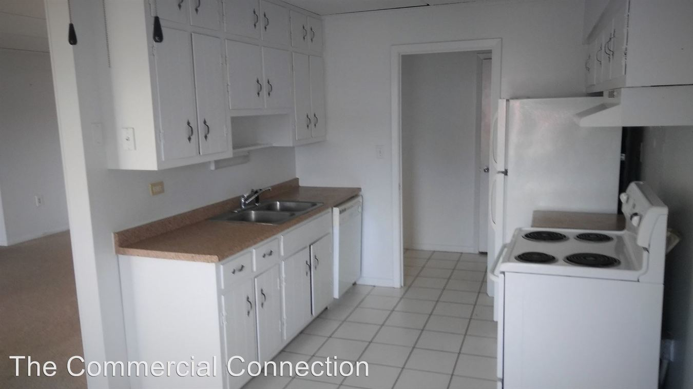 1 Bedroom 1 Bathroom Apartment for rent at 6410 27th Ave N. in Crystal, MN