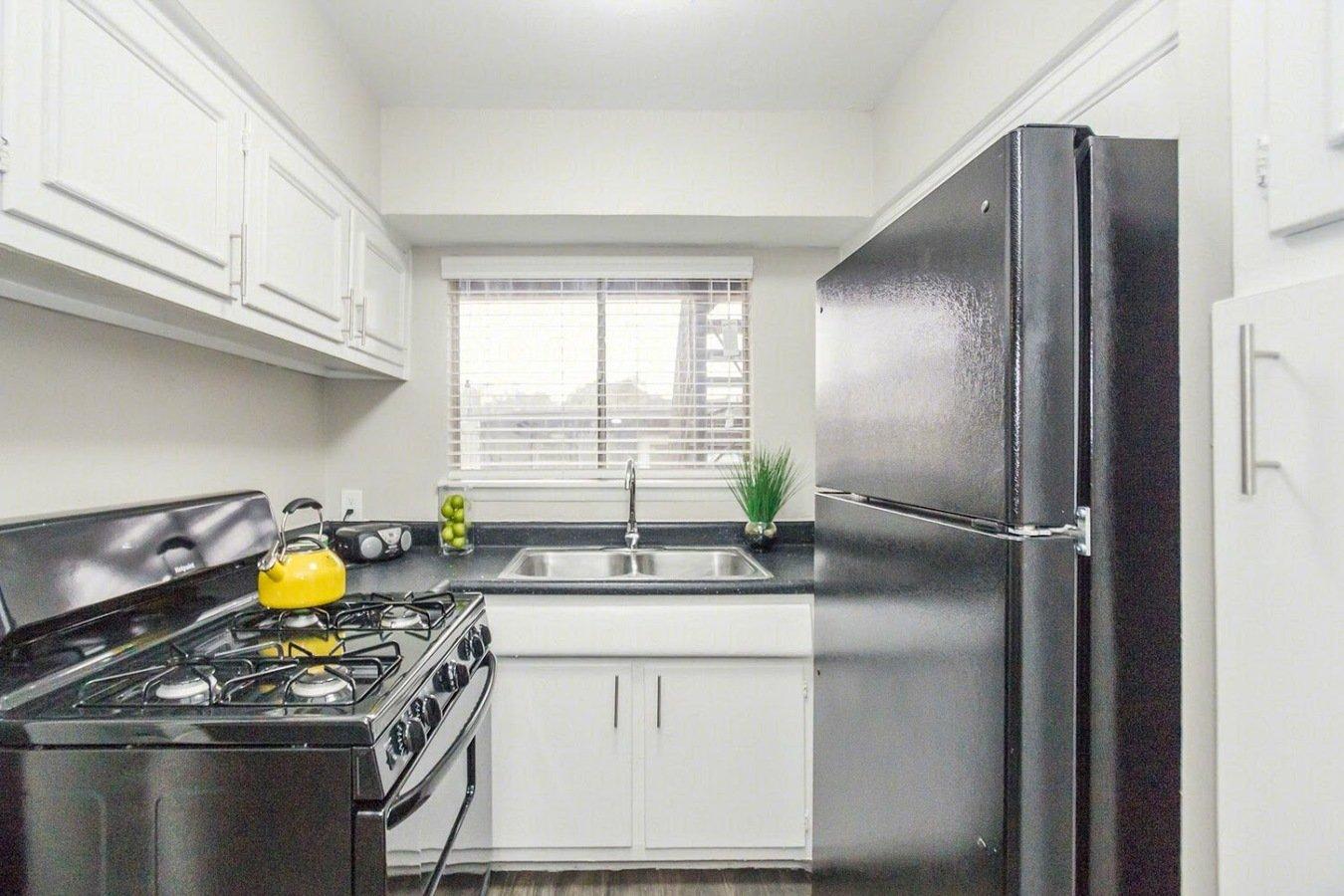 1 Bedroom 1 Bathroom Apartment for rent at Urbana Apartments in San Antonio, TX