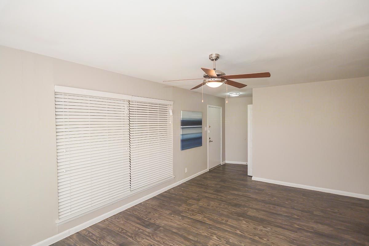 3 Bedrooms 2 Bathrooms Apartment for rent at Urbana Apartments in San Antonio, TX