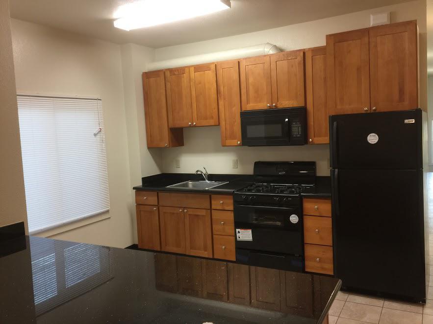 3 Bedrooms 1 Bathroom Apartment for rent at 6617 Telegraph Ave in Berkeley, CA