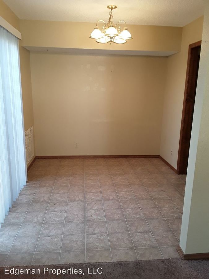 2 Bedrooms 1 Bathroom Apartment for rent at 24th & Texas Ave in Joplin, MO