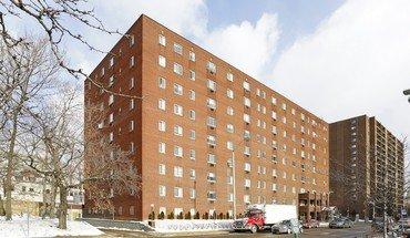 Similar Apartment at 5551 Centre Avenue