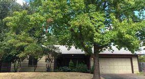 Similar Apartment at 2444 Nw Green Cir