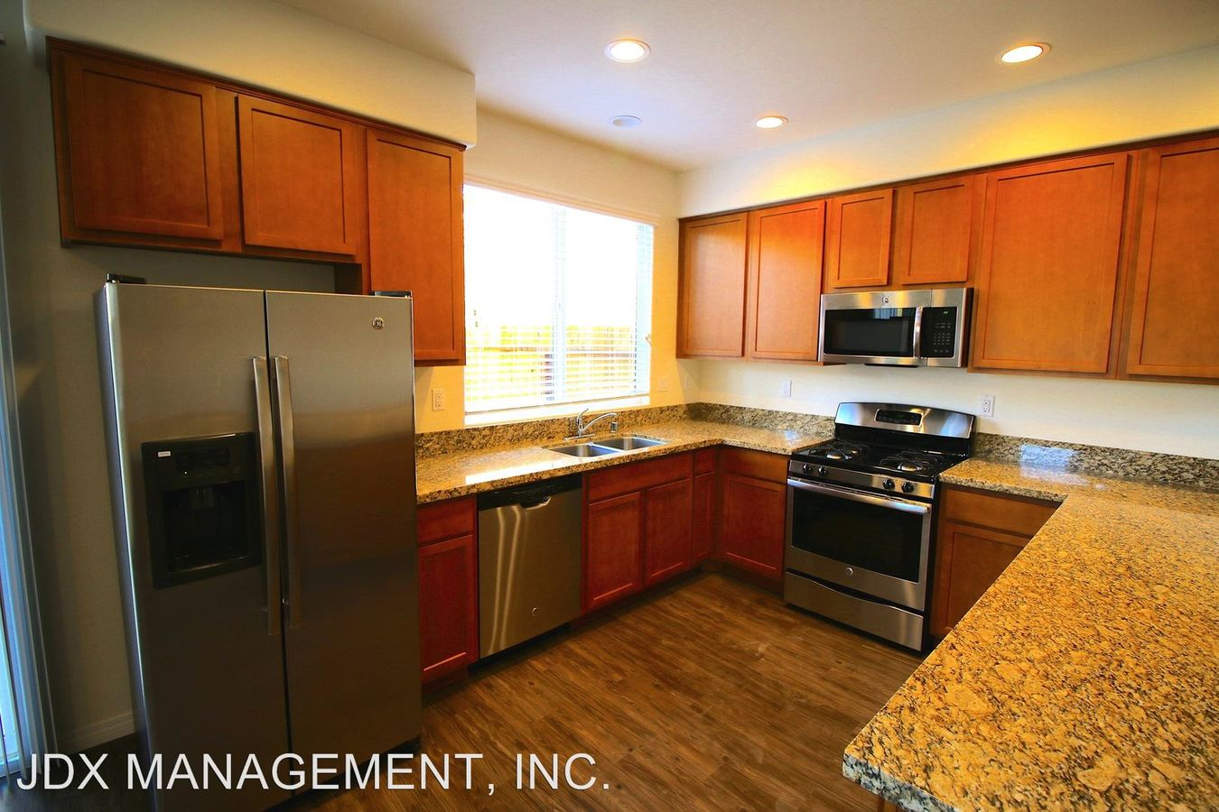 4 Bedrooms 3 Bathrooms Apartment for rent at 8935 - 8973 Valencia Street in Spring Valley, CA