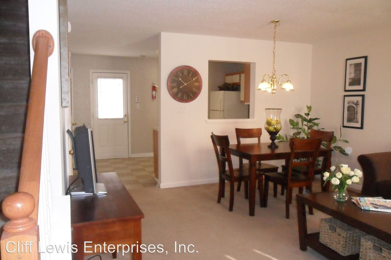 2 Bedrooms 2 Bathrooms Apartment for rent at 1090 Barnett Shoals Rd. in Athens, GA