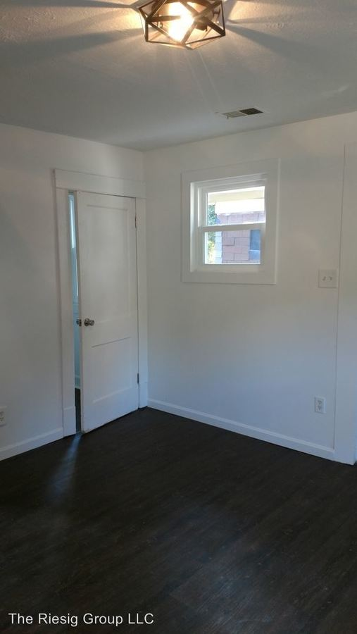 1 Bedroom 1 Bathroom Apartment for rent at 367 Martin Luther King Boulevard in Lexington, KY