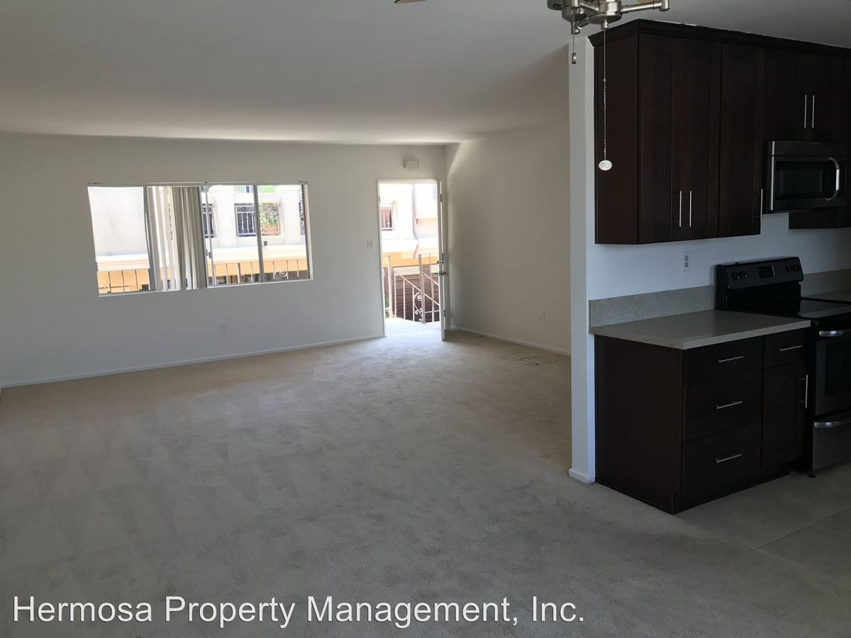 3 Bedrooms 2 Bathrooms Apartment for rent at 1806 Grant in Redondo Beach, CA