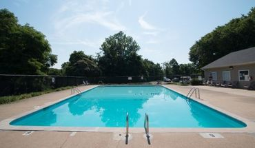 Similar Apartment at Whispering Oaks Apartments Nashville