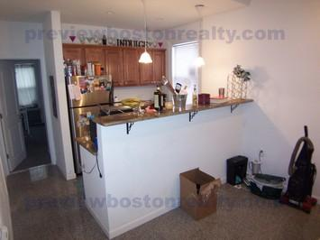 4 Bedrooms 1 Bathroom Apartment for rent at 40 Newton Street Apt# 2-p in Brighton, MA