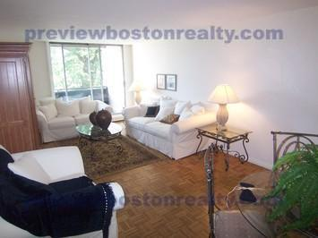 2 Bedrooms 1 Bathroom Apartment for rent at 1455 Commonwealth Avenue Apt# 603-p in Brighton, MA