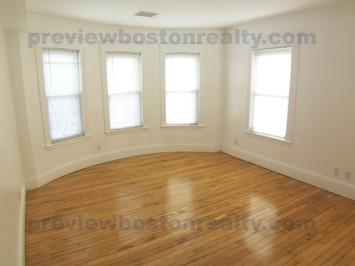 4 Bedrooms 2 Bathrooms Apartment for rent at 44 Champney Street Apt# 2-p in Brighton, MA