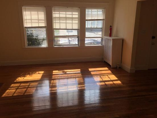 3 Bedrooms 1 Bathroom Apartment for rent at 303 Foster Street Apt# 1-p in Brighton, MA
