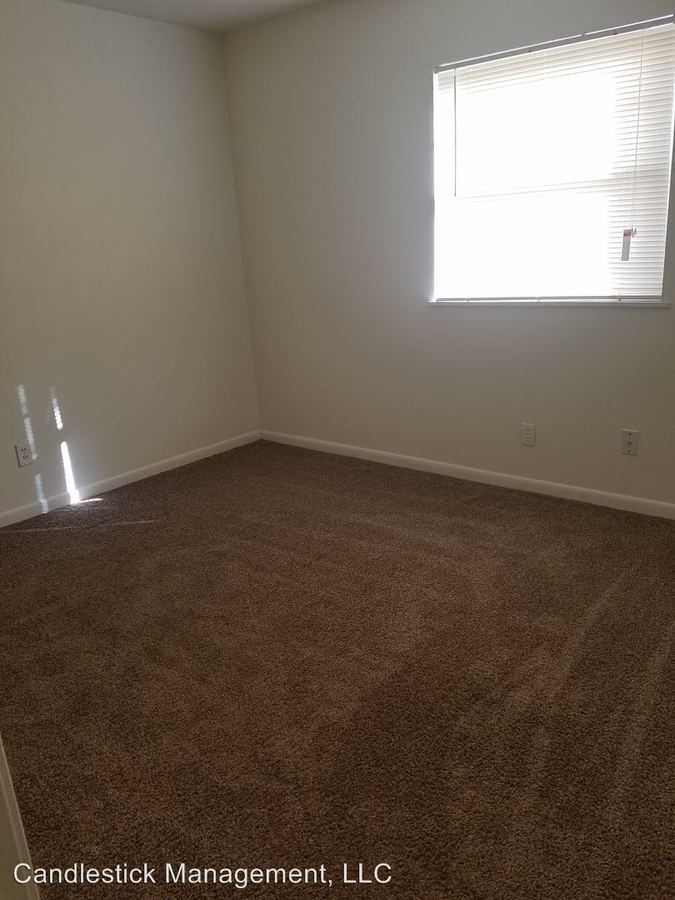 2 Bedrooms 1 Bathroom Apartment for rent at 440 Se Arter Ave. in Topeka, KS