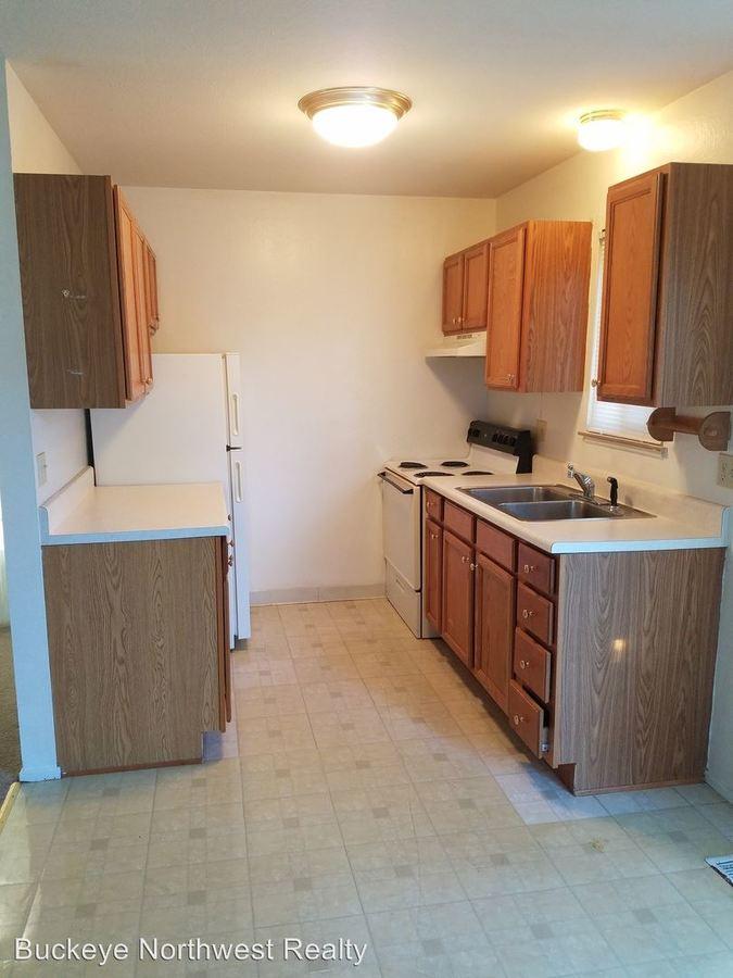 2 Bedrooms 1 Bathroom Apartment for rent at 1819 - 1861 Garden Ridge in Toledo, OH