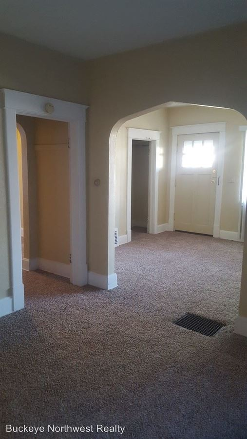 2 Bedrooms 1 Bathroom Apartment for rent at 540 E Central Ave in Toledo, OH