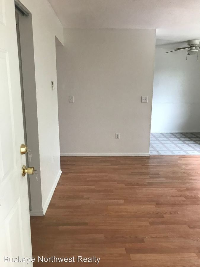 2 Bedrooms 1 Bathroom Apartment for rent at 18 Reed St in Toledo, OH
