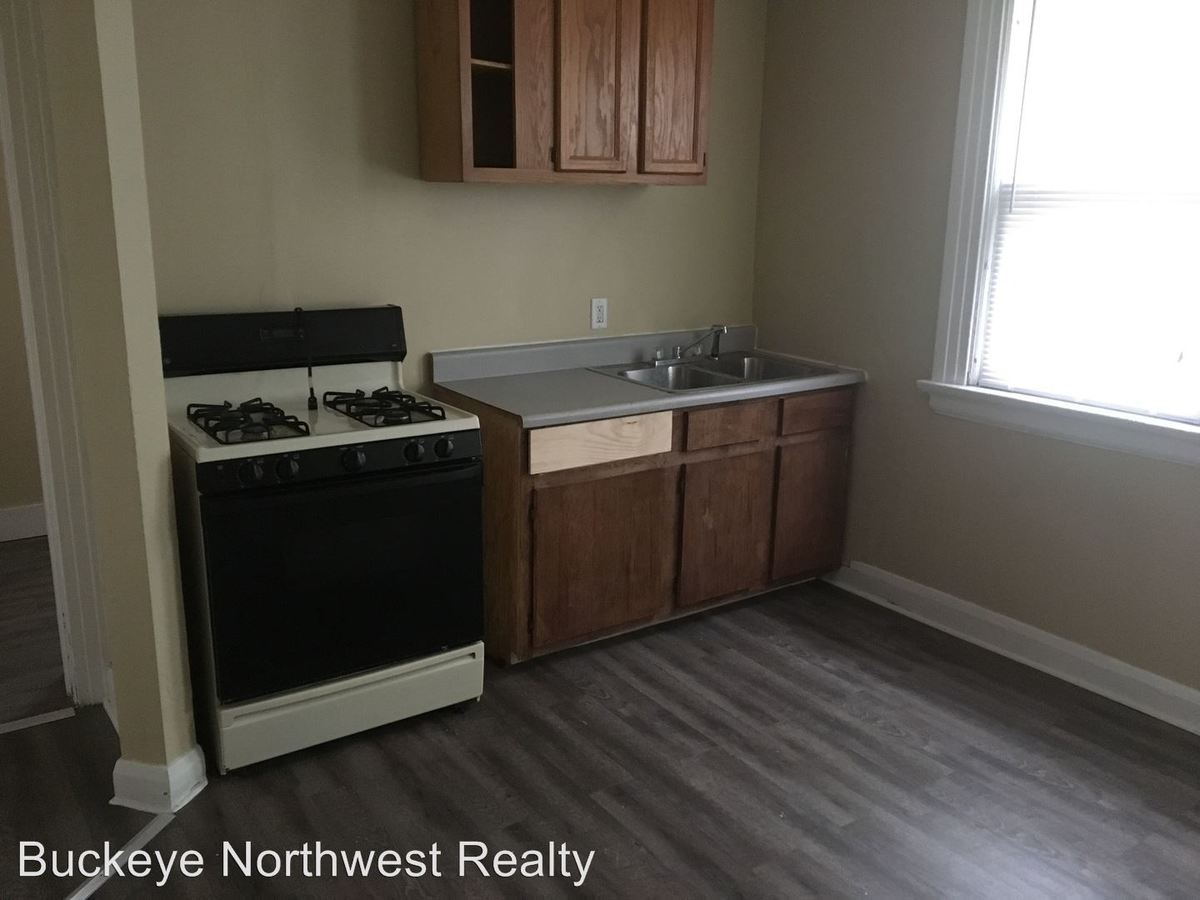 1 Bedroom 1 Bathroom Apartment for rent at 666 Oswald St in Toledo, OH