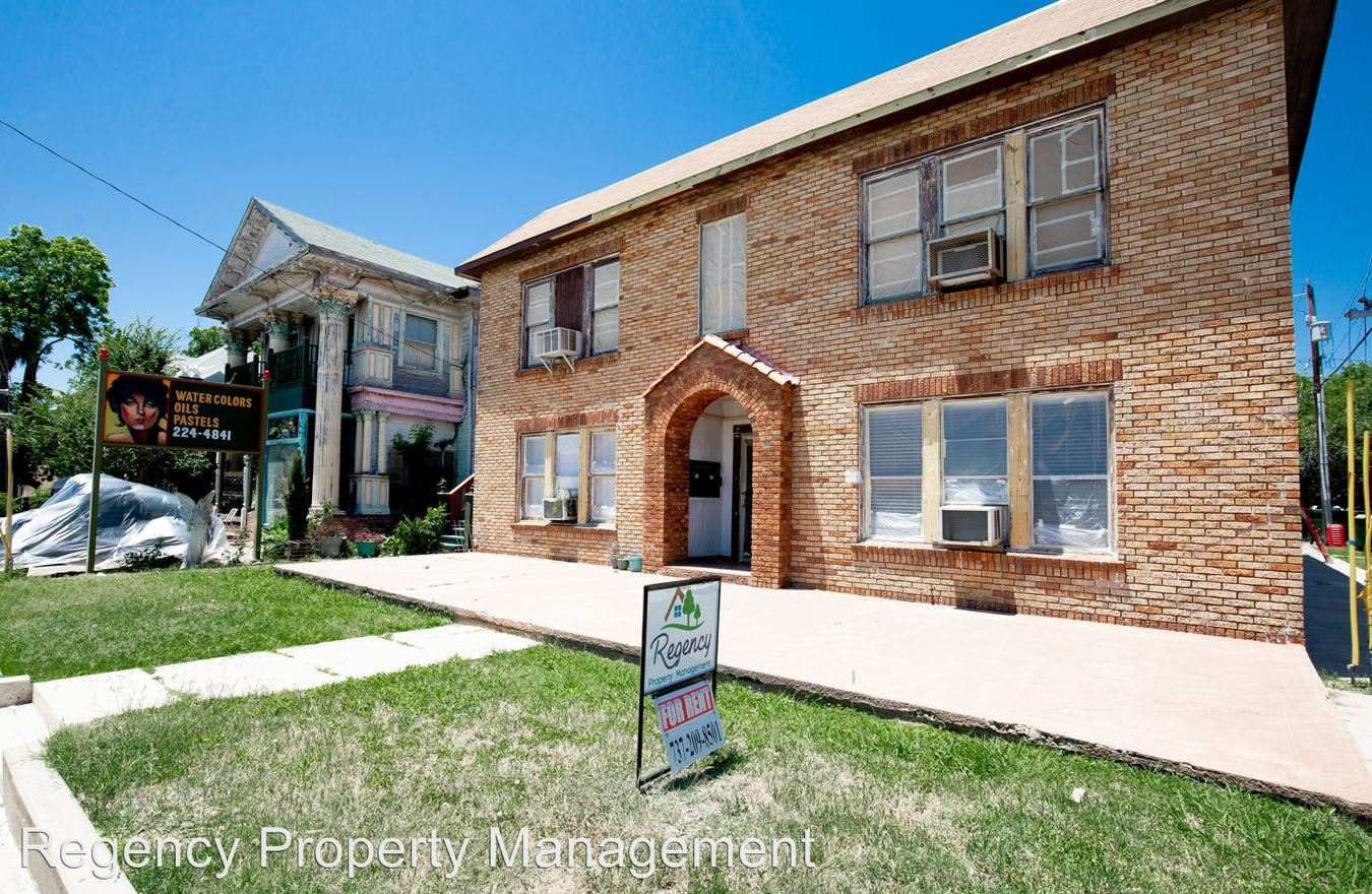 1 Bedroom 1 Bathroom Apartment for rent at 1625 Mccullough in San Antonio, TX