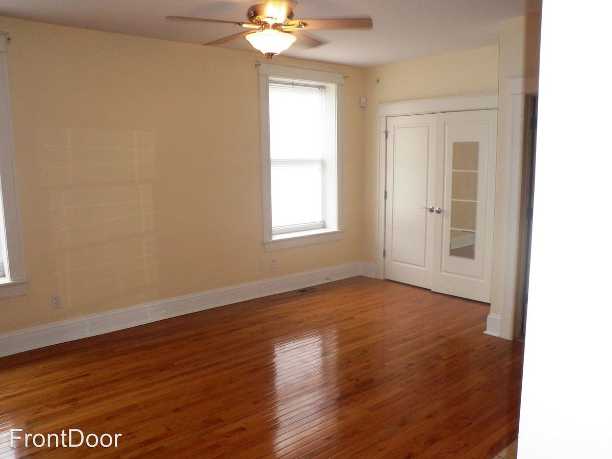 Studio 1 Bathroom Apartment for rent at Westminster Place in St Louis, MO