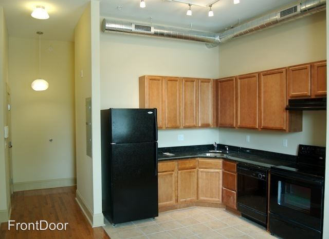2 Bedrooms 2 Bathrooms Apartment for rent at Chouteau Lofts in St Louis, MO