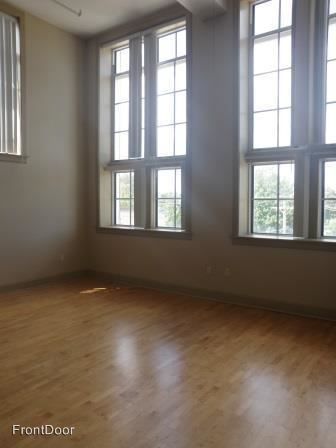 3 Bedrooms 1 Bathroom Apartment for rent at Theresa Park Lofts in St Louis, MO