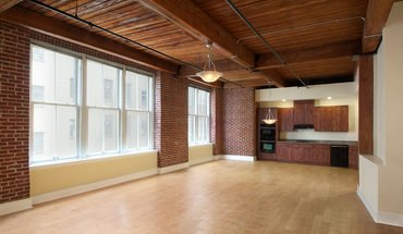 Similar Apartment at East Bank Lofts