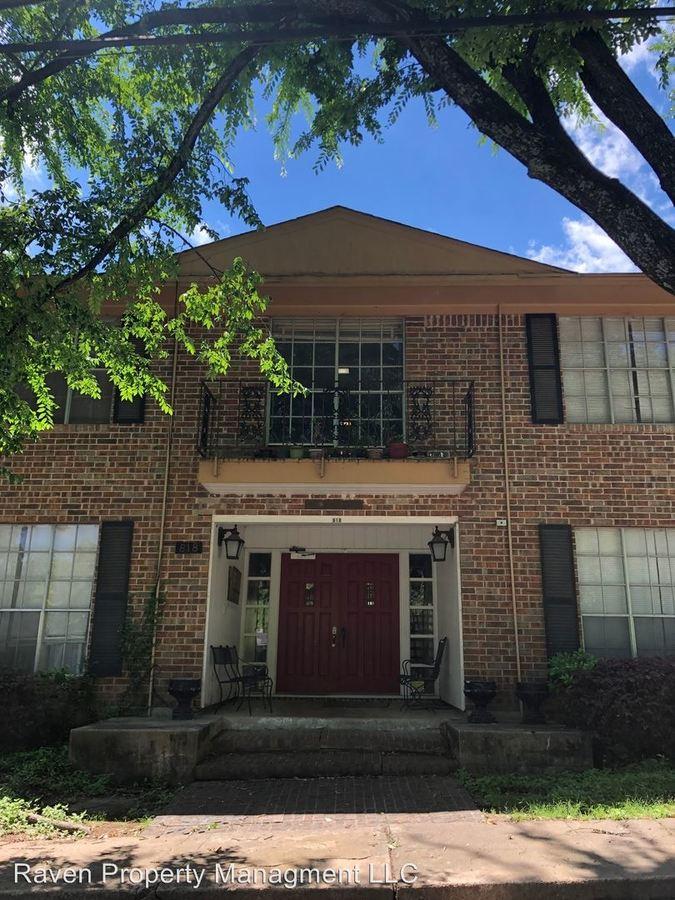 1 Bedroom 1 Bathroom Apartment for rent at 818 University in Huntsville, TX