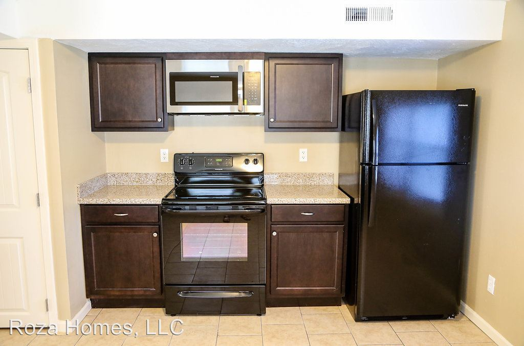 3 Bedrooms 2 Bathrooms Apartment for rent at 512 S. Main in Springfield, MO
