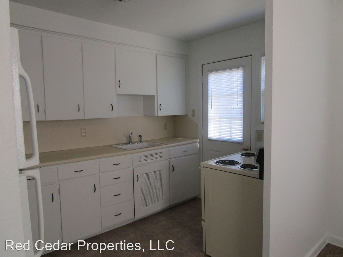 Madison Street Townhouses 211-273 Waterloo, IA Apartment for Rent