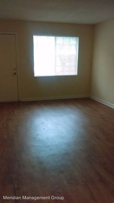 2 Bedrooms 1 Bathroom Apartment for rent at 1900 Stanton Delowe Connector in East Point, GA