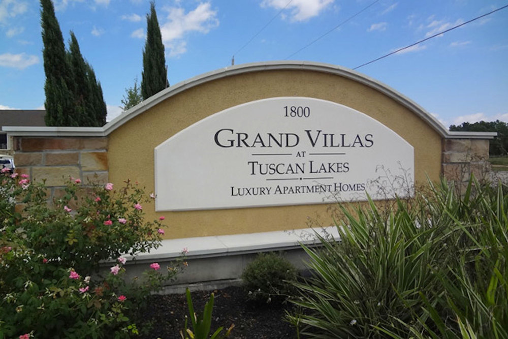 Grand Villas At Tuscan Lake