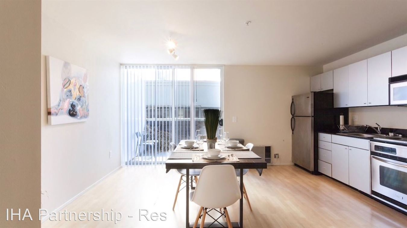 1 Bedroom 1 Bathroom Apartment for rent at 320 W. Ash St in San Diego, CA