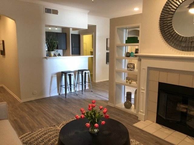2 Bedrooms 2 Bathrooms Apartment for rent at Stonelake At The Arboretum in Austin, TX